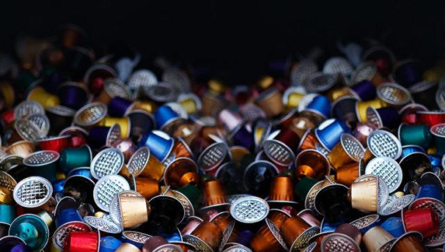 Campaña busca reciclar aluminio de cápsulas de café Nespresso de Nestlé en Chile